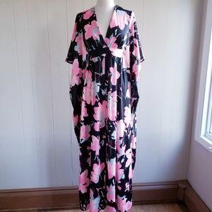 1970s Unlabeled Hawaiian Poly Maxi Dress